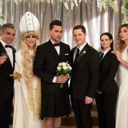 The Cast Of Schitt's Creek and their 78th Golden Globes Betting Odds