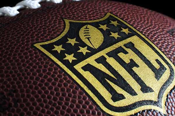 New England Buccaneers odds Sunday Night Football betting 2021-22